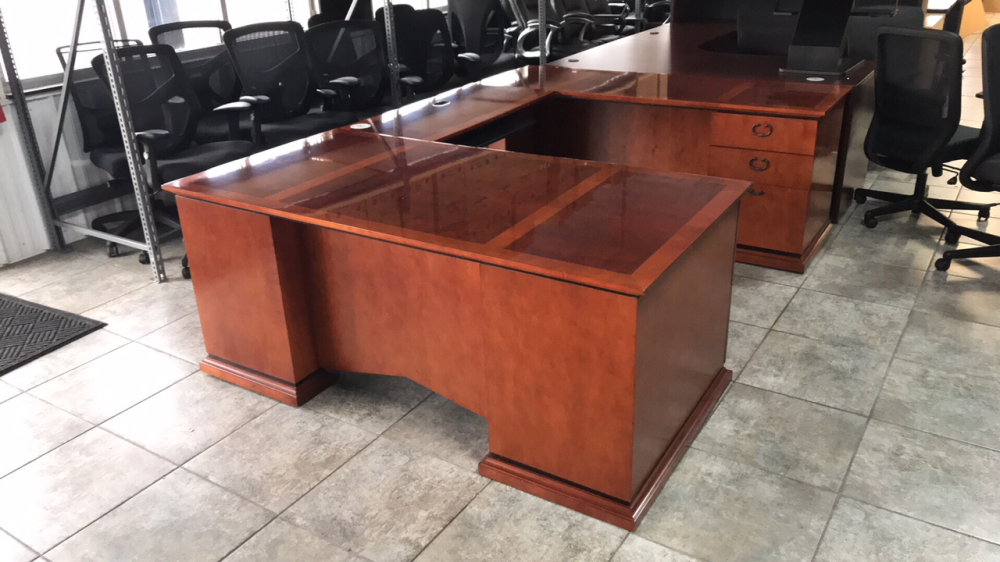 Used Paoli executive desk for sale