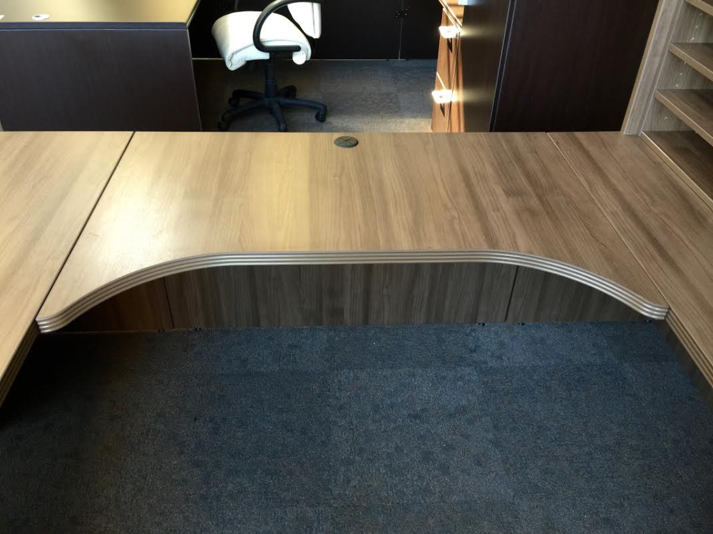 Executive Desk Suite For Sale Near Milwaukee Ofw Office
