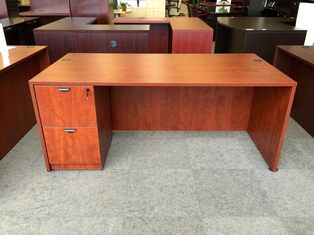 Office desk with two drawers Pewaukee