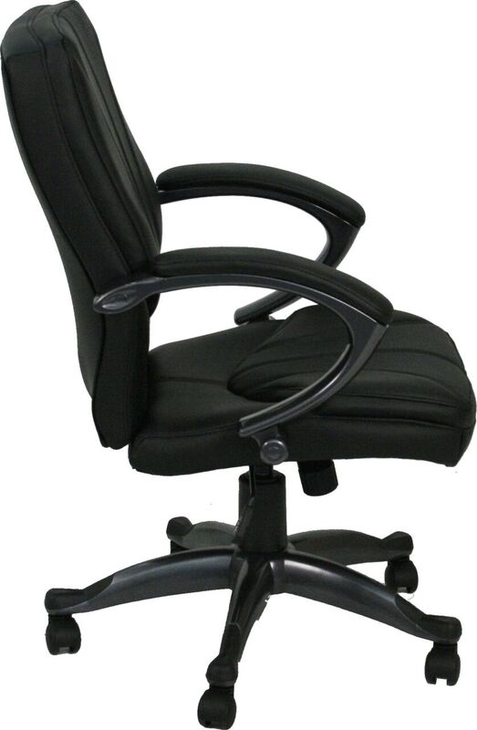 Comfortable black leather desk chair for sale Milwaukee