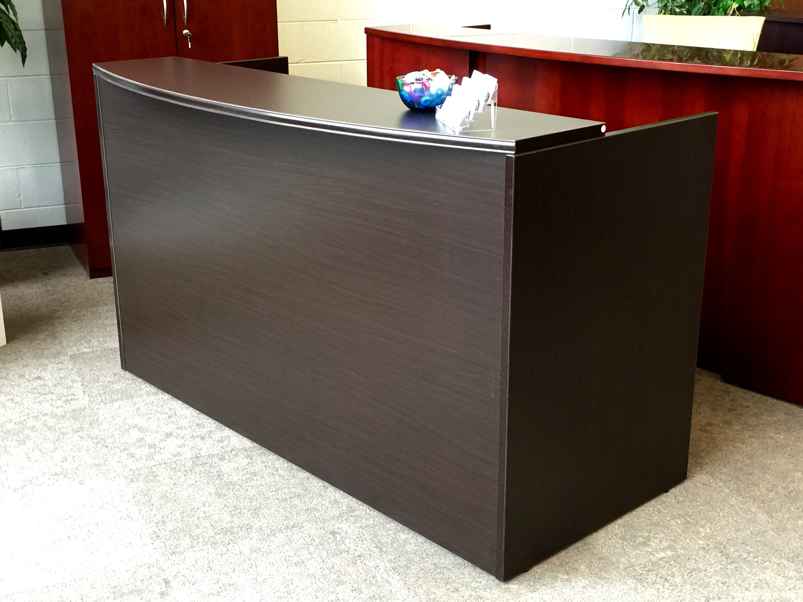 crescendo reception desk shell ofw office furniture. Black Bedroom Furniture Sets. Home Design Ideas
