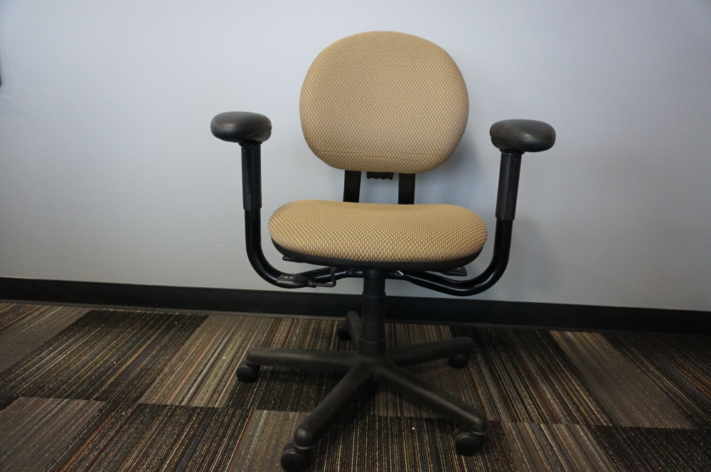 Pre-Owned Steelcase Task Chair - Olive