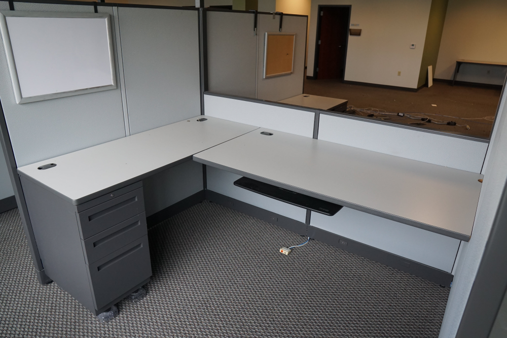 open concept office workstation