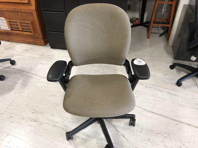 Used Steelcase Leap V2 chair for sale Milwaukee