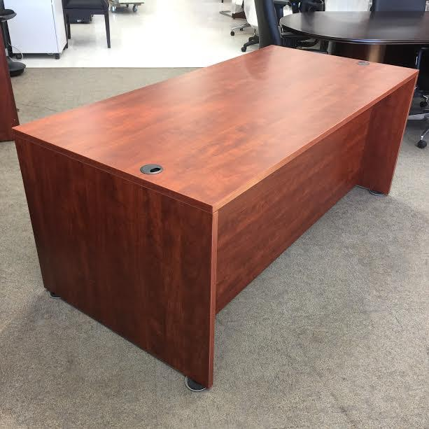 Discount Executive Amp Home Office Desks For Sale In Store