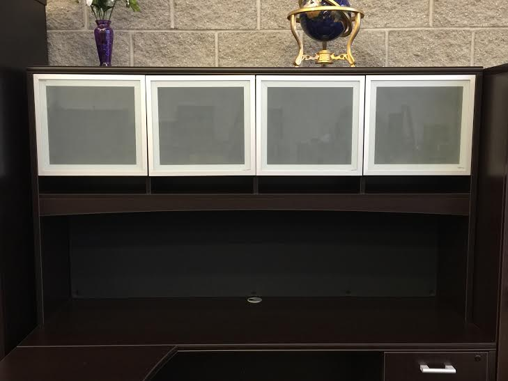 office desk with hutch for sale in Milwaukee