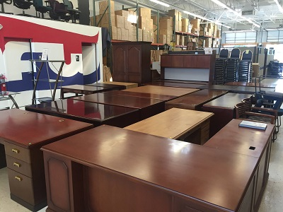 Used Desk For Sale >> Used Office Desks For Sale Quality Pre Owned Used Executive Desk